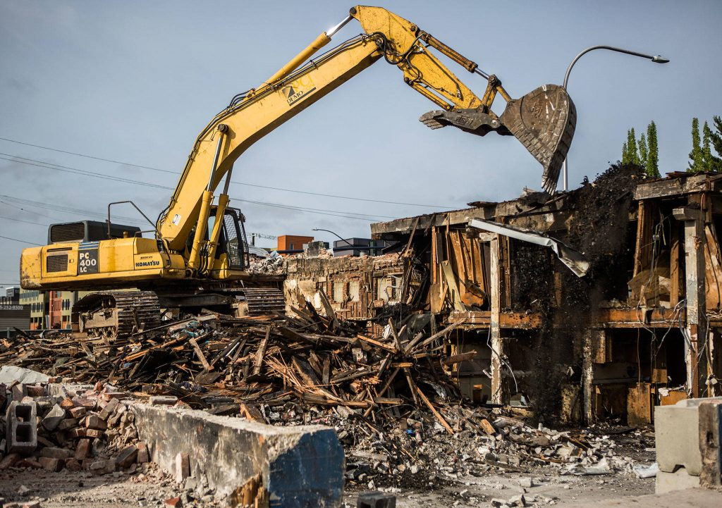 Demolition risk management